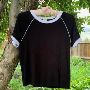 Garage black tee with white details